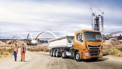 IVECO faz história na IAA 2018 e apresenta linha completa de veículos movidos a combustíveis alternativos