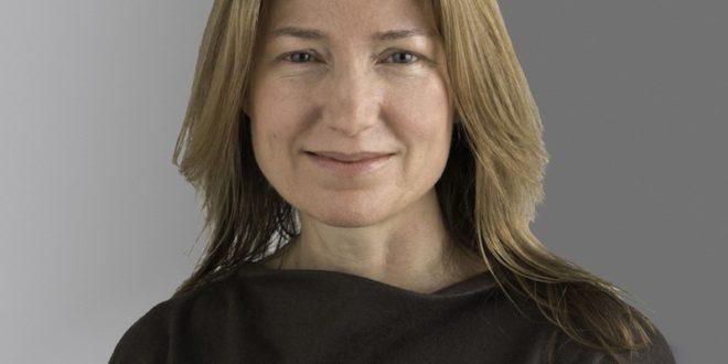 CNH Industrial nomeia Suzanne Heywood como CEO em exercício após a renúncia de Hubertus Mühlhäuser